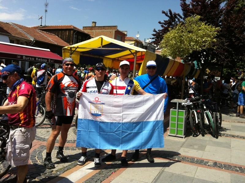 Колоездачи от Приморско се включиха в Международна велообиколка