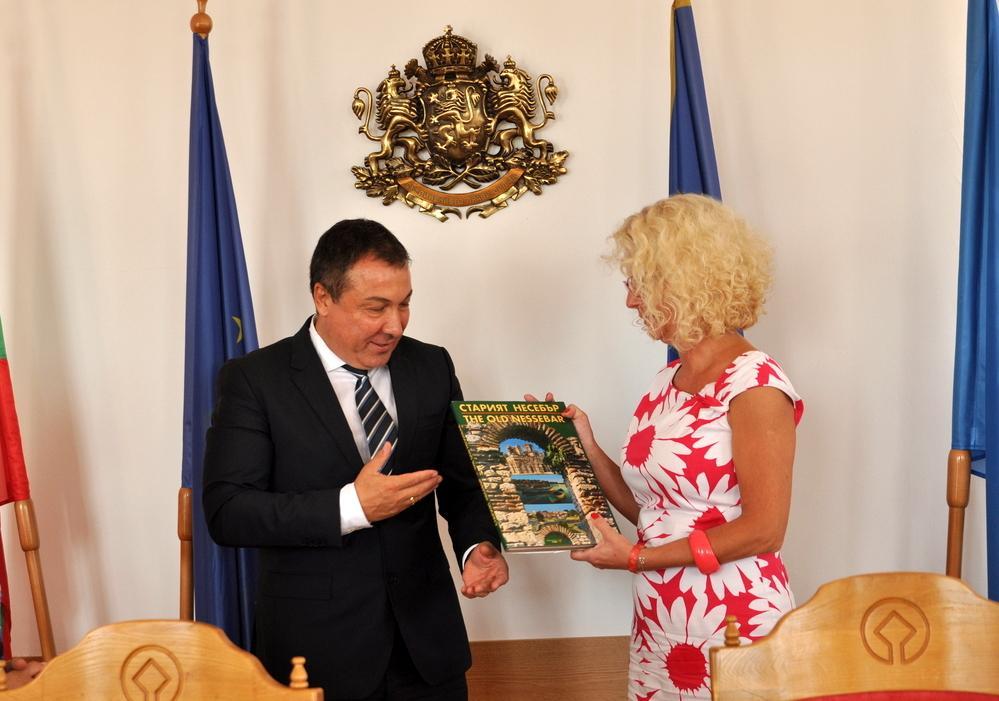 Несебър и Хожув обсъдиха възможността да работят заедно по eвропроект в културната сфера