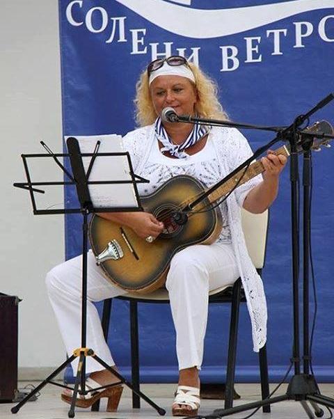 Бургаски автори се включват в благотворителна акция