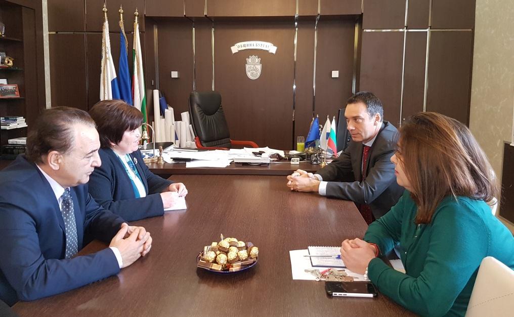 Министърът на туризма се срещна с кмета на Бургас