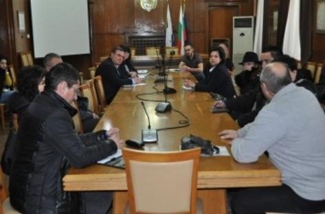 Родителите и учениците от Бургас предпочитат езиковите гимназии пред професионалните училища