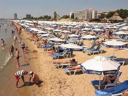 Колко ще струват чадърите по южното ни черноморие?
