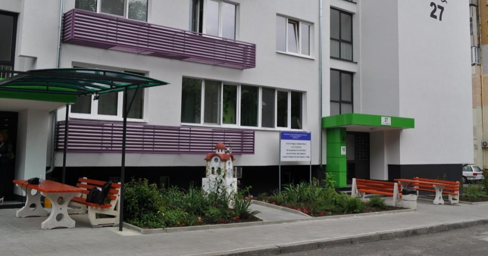 65 % по-малко ток харчат в първия саниран блок в Бургас