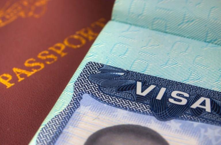 Падат визите за украинци за краткосрочно пребиваване в ЕС