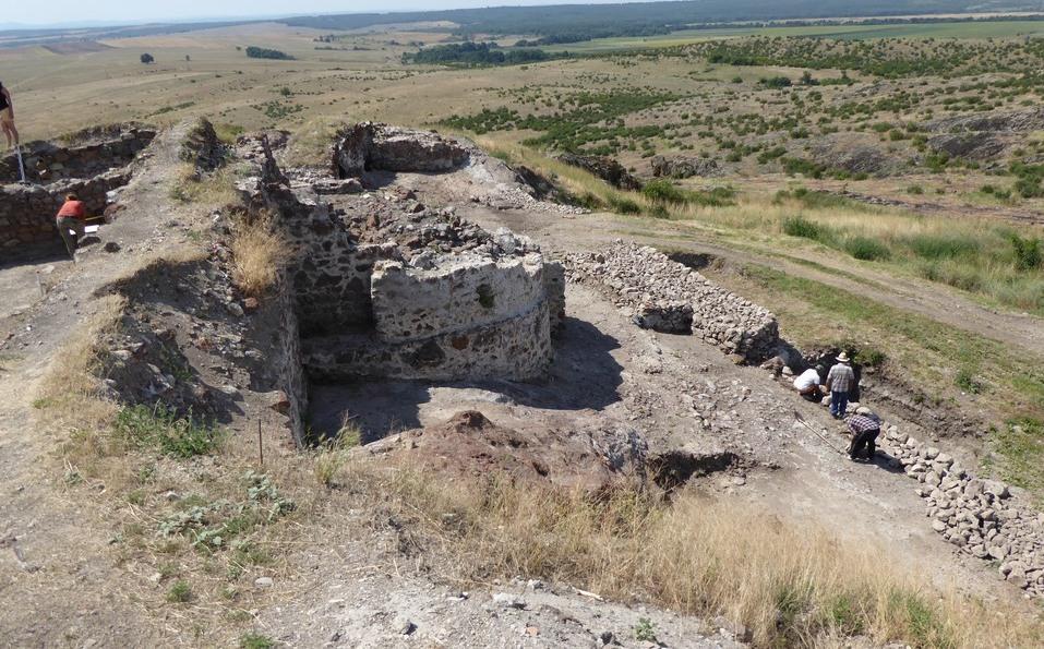 Безценна икона разкриха разкопките на крепостта Русокастро