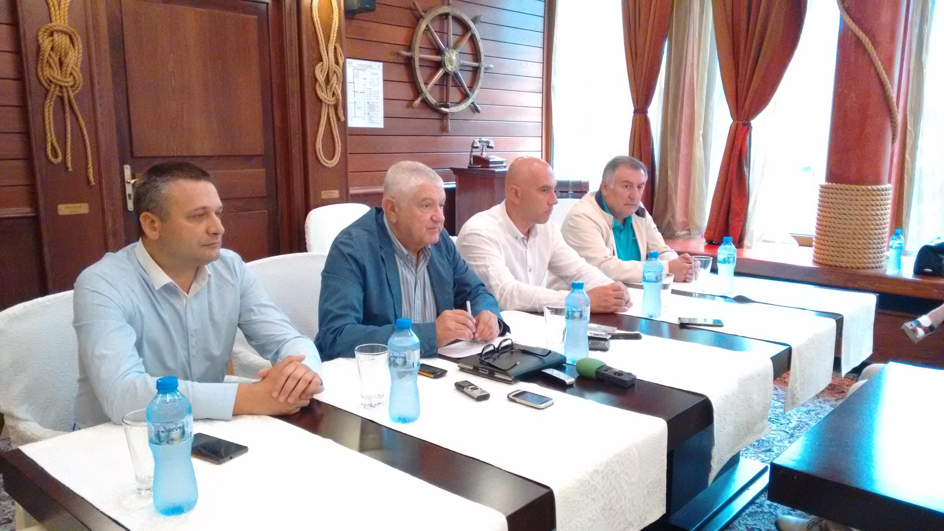 """Бургаските народни представители от """"БСП за България"""": Последните седмици бяха бурни"""