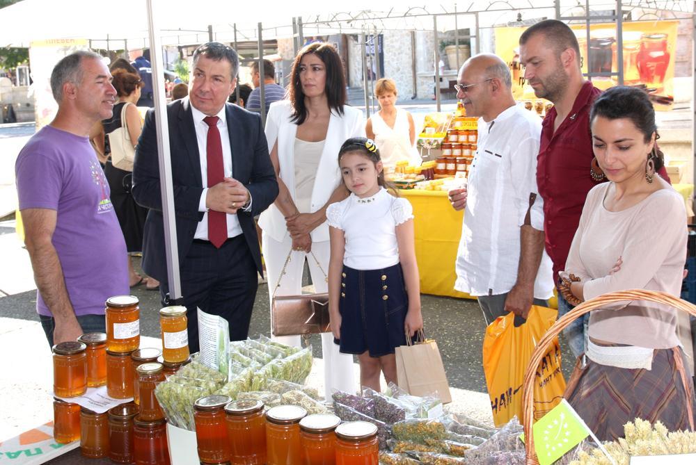 Несебър отново е столица на меда