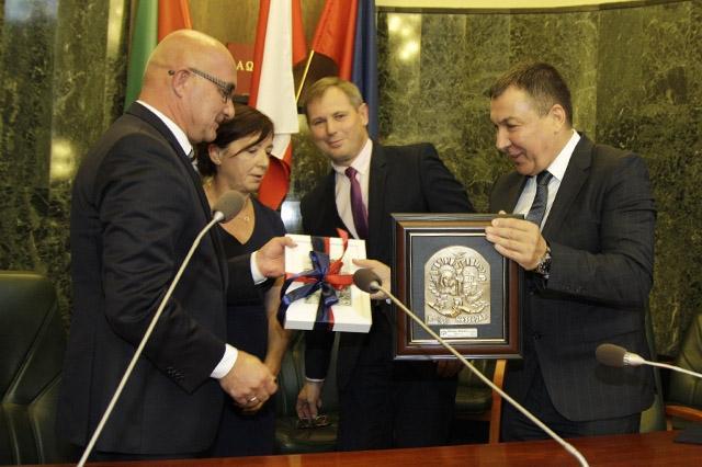 Несебър и Хожув преподписаха споразумението за сътрудничество помежду си