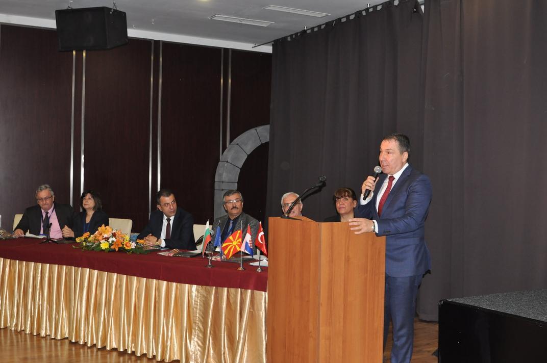 Кметът на Несебър Николай Димитров уважи образователен конгрес