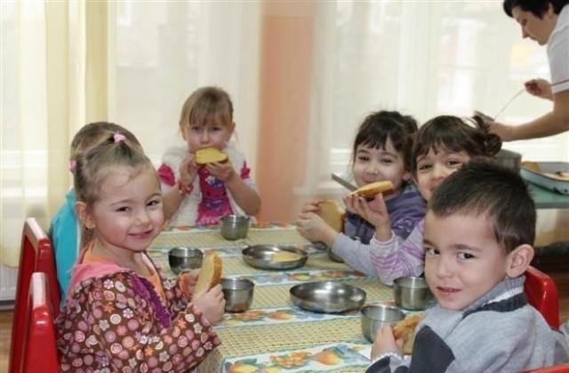 БАБХ откри негодни храни в детски градини и ясли в цялата страна