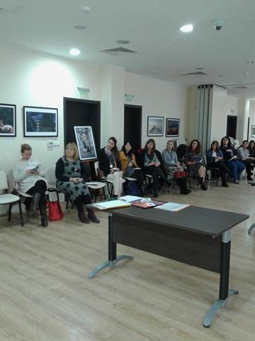 Учители по английски език обмениха опит в специализиран семинар