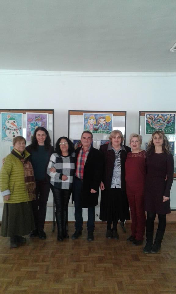 Средношколци поднесоха словесни подаръци за празника на Бургас