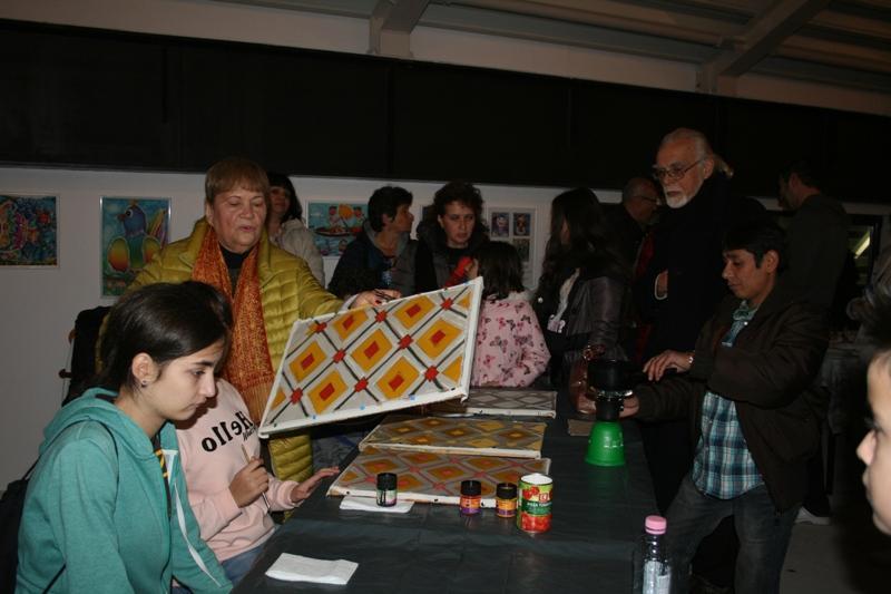"Бургаската школа ""Батик"" е домакин на шедьоври от индонезийската култура"