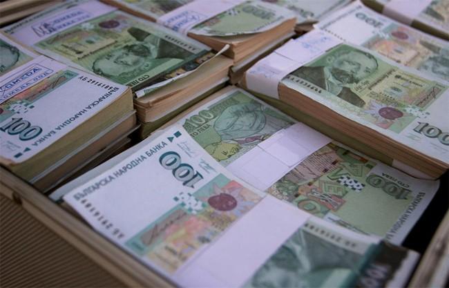 Ръст на доброволността при плащането на задължения отчетоха от НАП Бургас