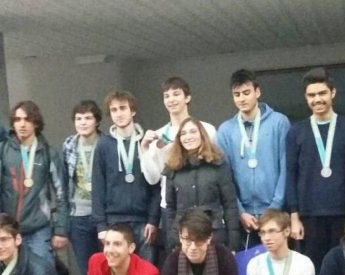Бургаски математици грабнаха златото на международна олимпиада
