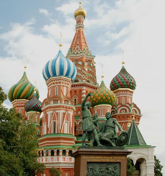 Показват в изложба руска храмова архитектура