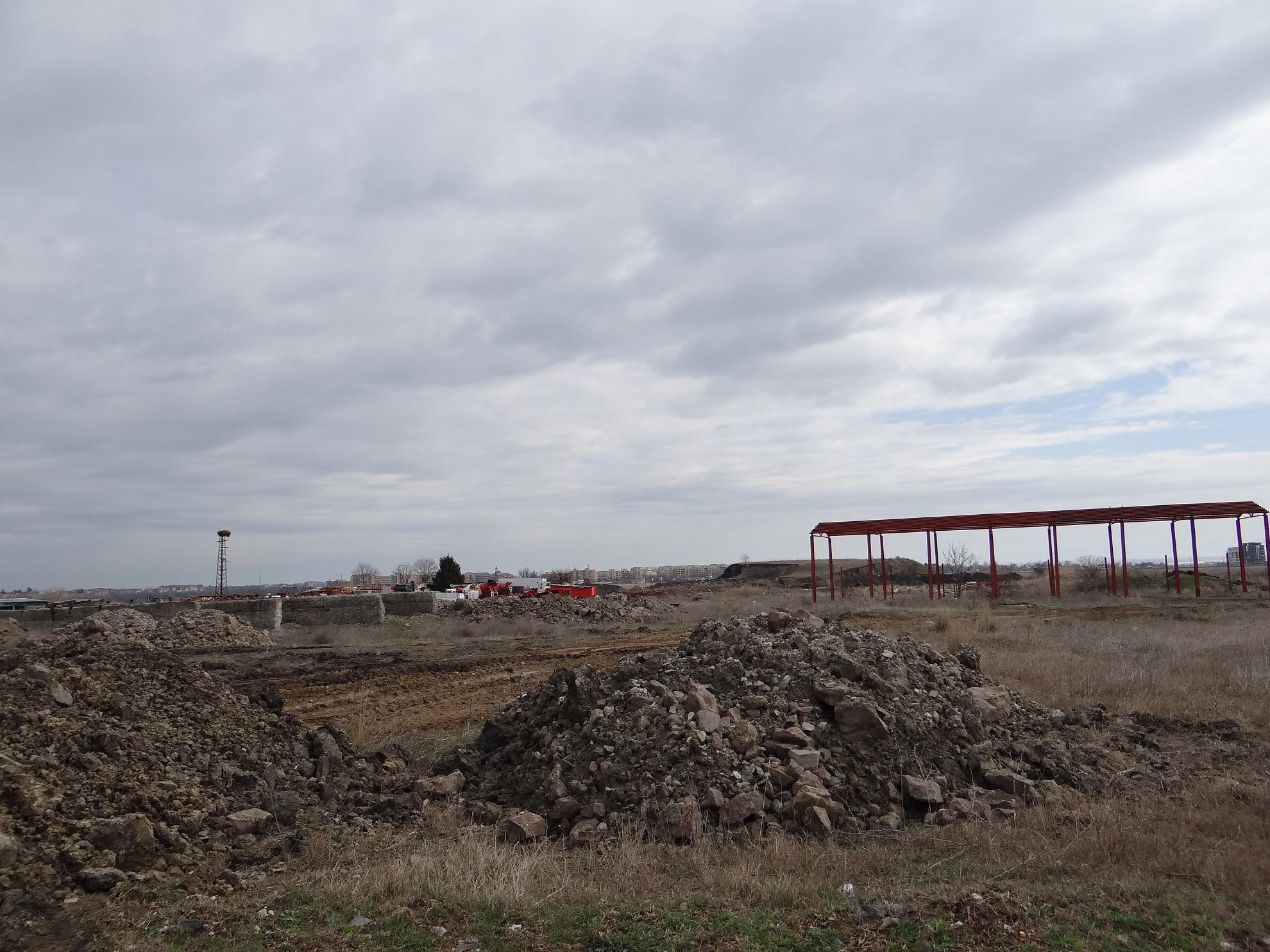 Задкулисни интереси и кметът на община Поморие провокират напрежение в Ахелой и заблуждават гражданите