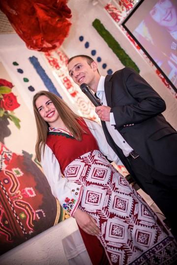 """Изложбата """"Аз съм българка"""" идва в Бургас на 2 юли"""