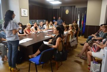 1200 математици от цял свят идват в Бургас за международно математическо състезание
