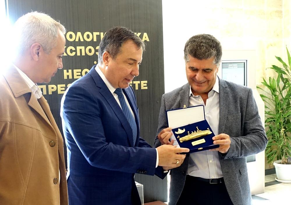 Кметът на Несебър посрещна главнокомандващите офицери на българския и гръцкия флот
