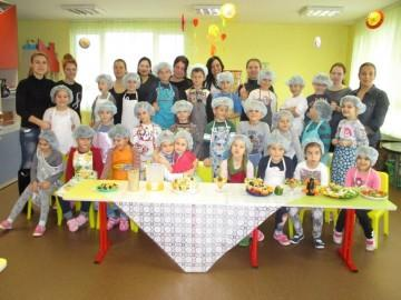 """300 деца и родители ще готвят здравословни специалитети в спортна зала """"Младост"""""""