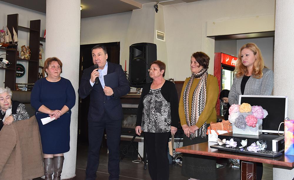 Кметът Николай Димитров поздрави членовете на клубовете на хората с увреждания в Несебър и Обзор