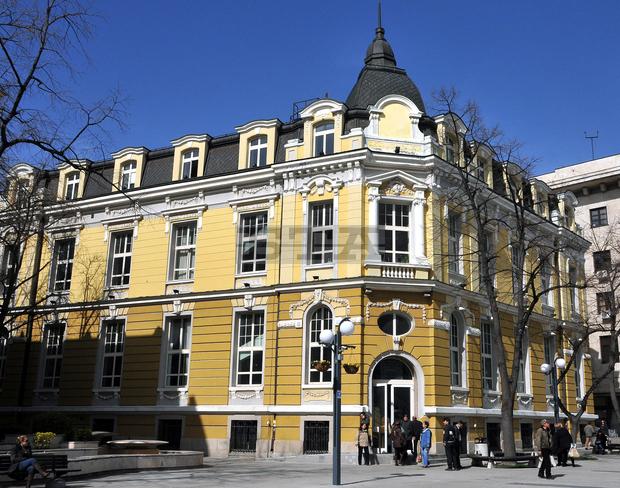 Спокойно начало на данъчната кампания в Бургас