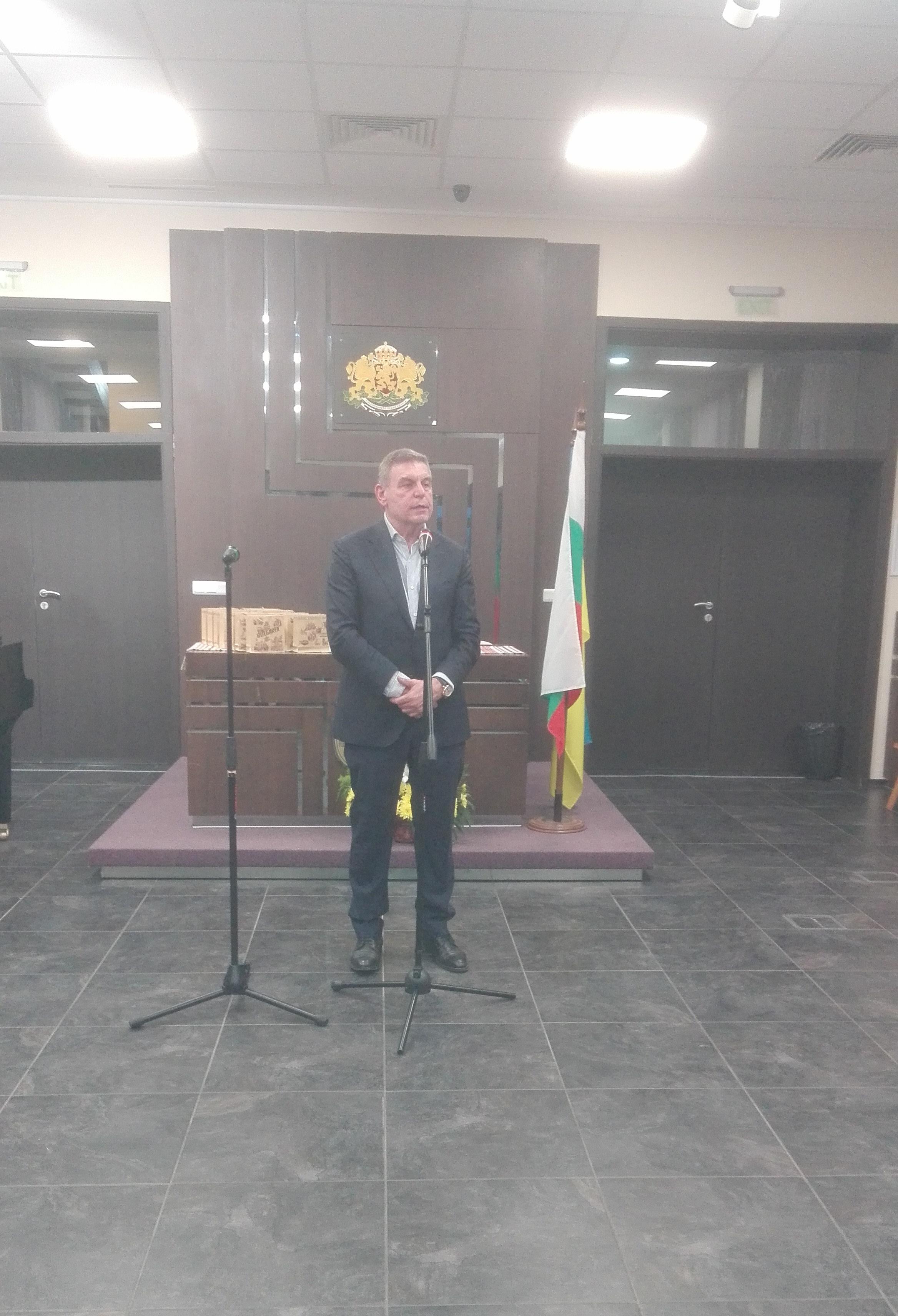 Бургас отбеляза 205 години от рождението на Тарас Шевченко