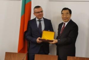 Димитър Бойчев: Директни полети ще стимулират туризма с Китай, много млади българи учат езика