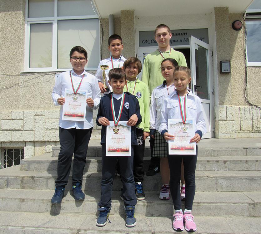"""Учениците от Свети Влас спечелиха 7 медала  на Националното състезание """"Моята родина"""""""