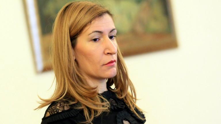 """Ангелкова: """"Няма оправдание за проявите на грубо отношение"""""""