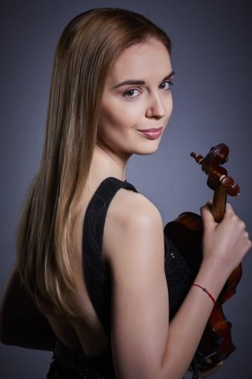 Бетовен, Дебюси и Брамс ще звучат тази вечер във Флората в изпълнение на Мартина Табакова и Зорница Иларионова