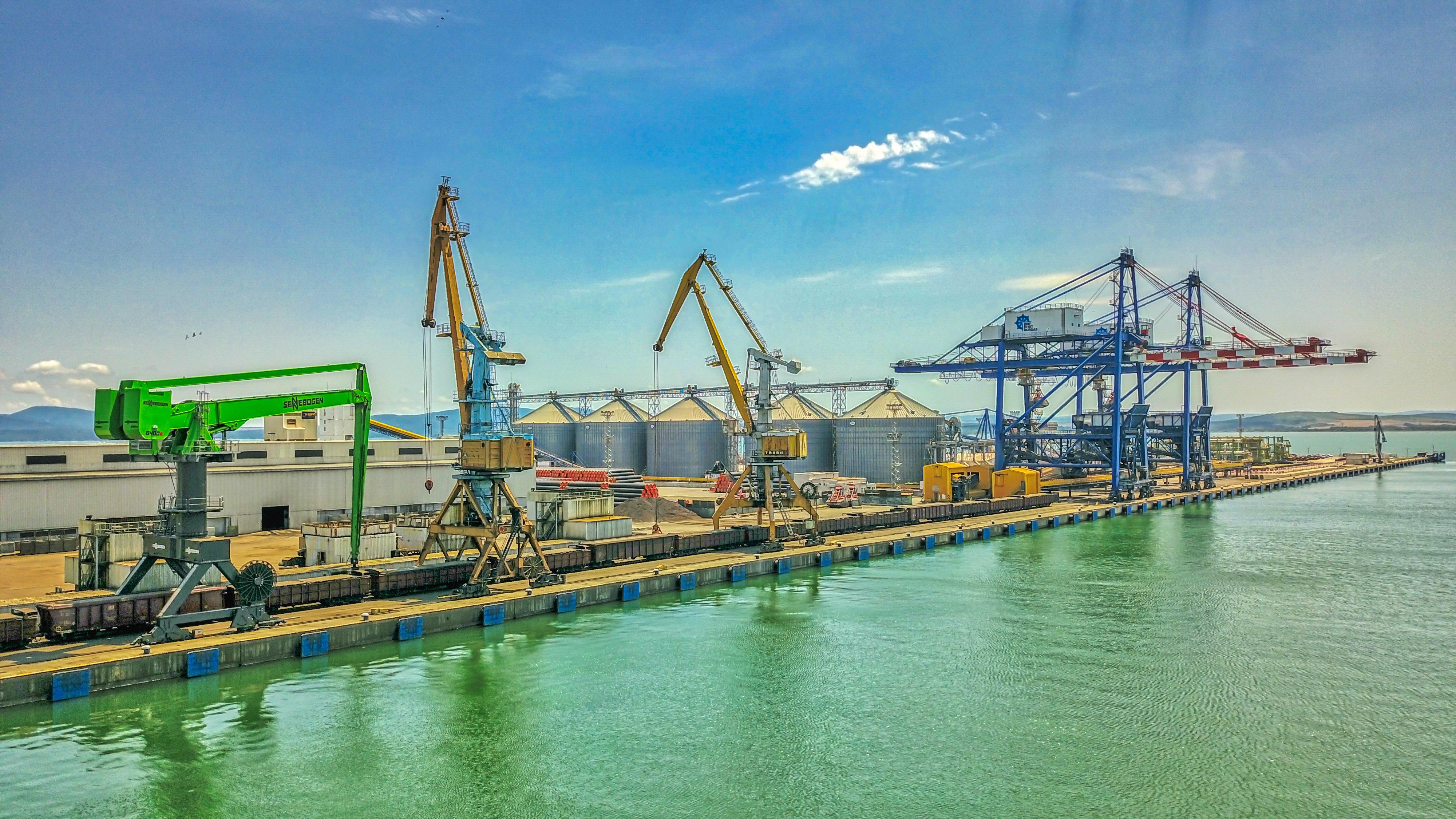 """""""БМФ Порт Бургас""""  ще  увеличи значително капацитета и възможностите си"""
