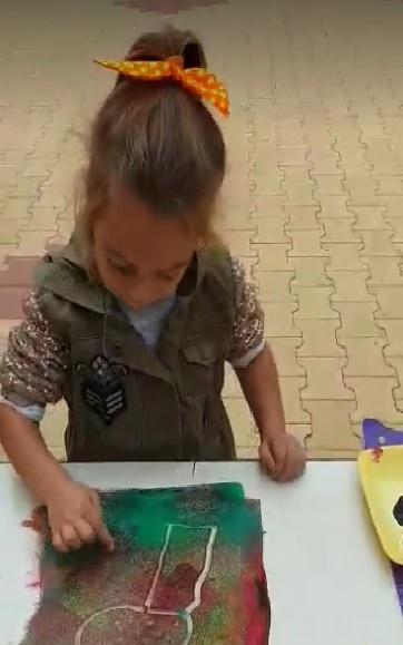 Бургаските деца опознават красотата на сезоните