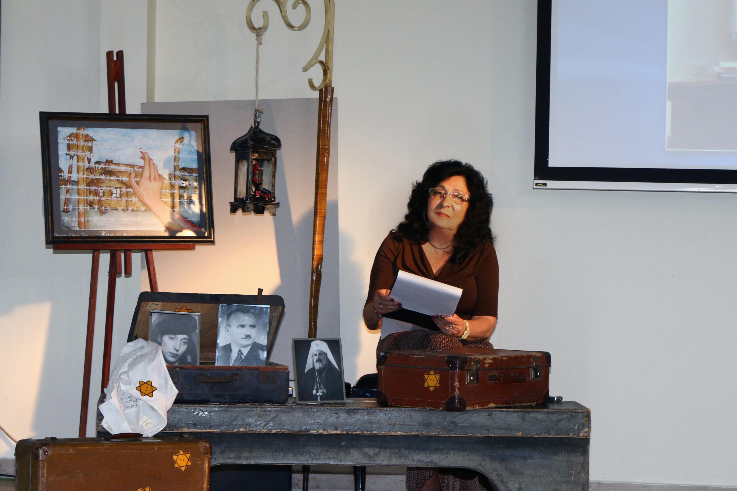 Eлка Василева - водеща на церемонията по награждаване