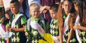 Учебната година в Приморско започна, училищния праг прекрачиха за първи път 42 деца
