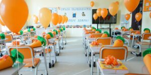 Над 24 000 бургаски ученици влязоха в класните стаи