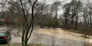 Затварят пътя Бургас – Созопол заради наводнение